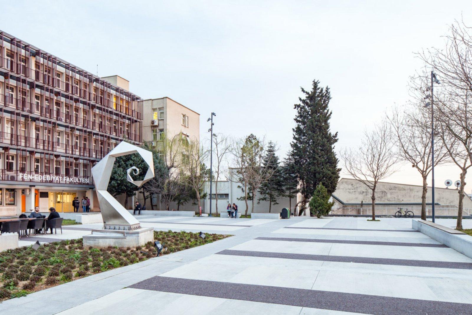 İstanbul Teknik Üniversitesi Fen Edebiyat Fakültesi
