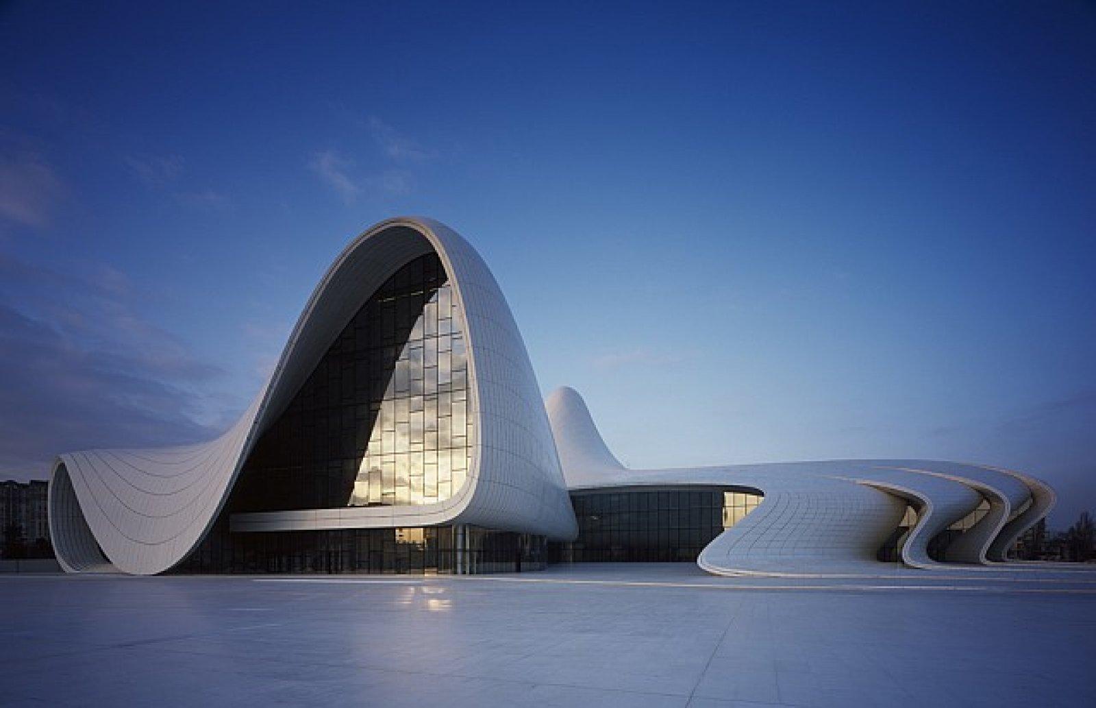Heydar Aliyev Kültür Merkezi, Azerbaycan