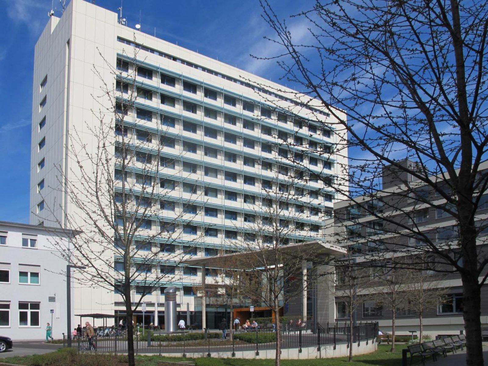 Hanau Kliniği, Almanya