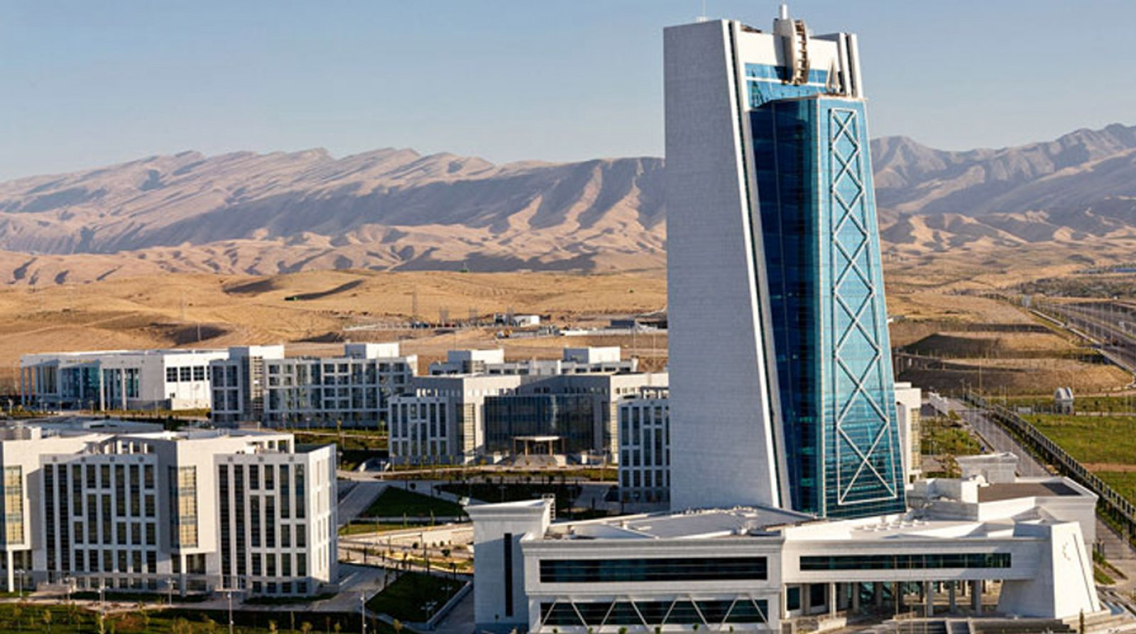 Politeknik Üniversitesi, Türkmenistan